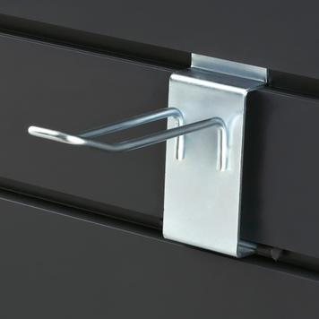 Dvojitý hák do děrované stěny s fixací