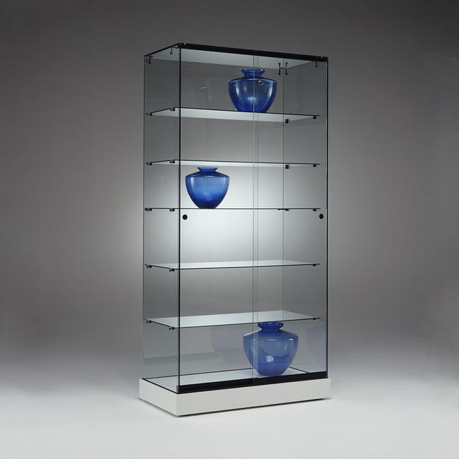 """Celoskleněná vitrína """"Juno"""""""